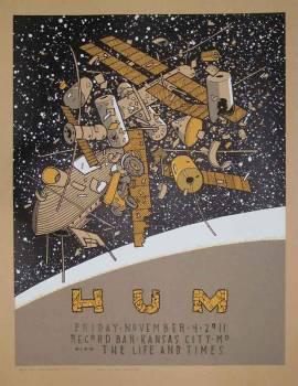 hum / KC